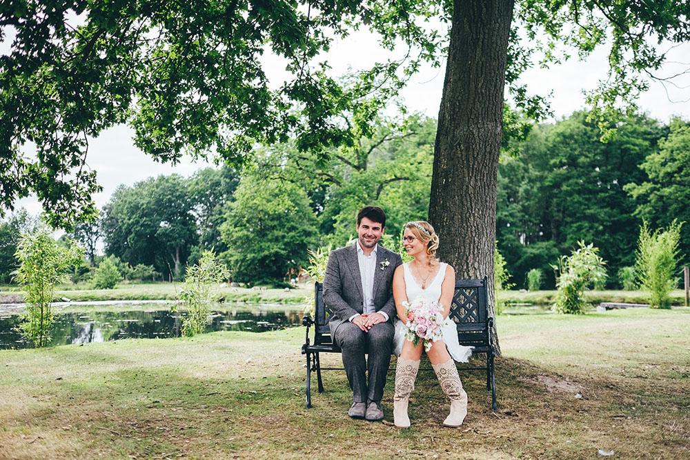 Brautpaar Braut in Brautmode