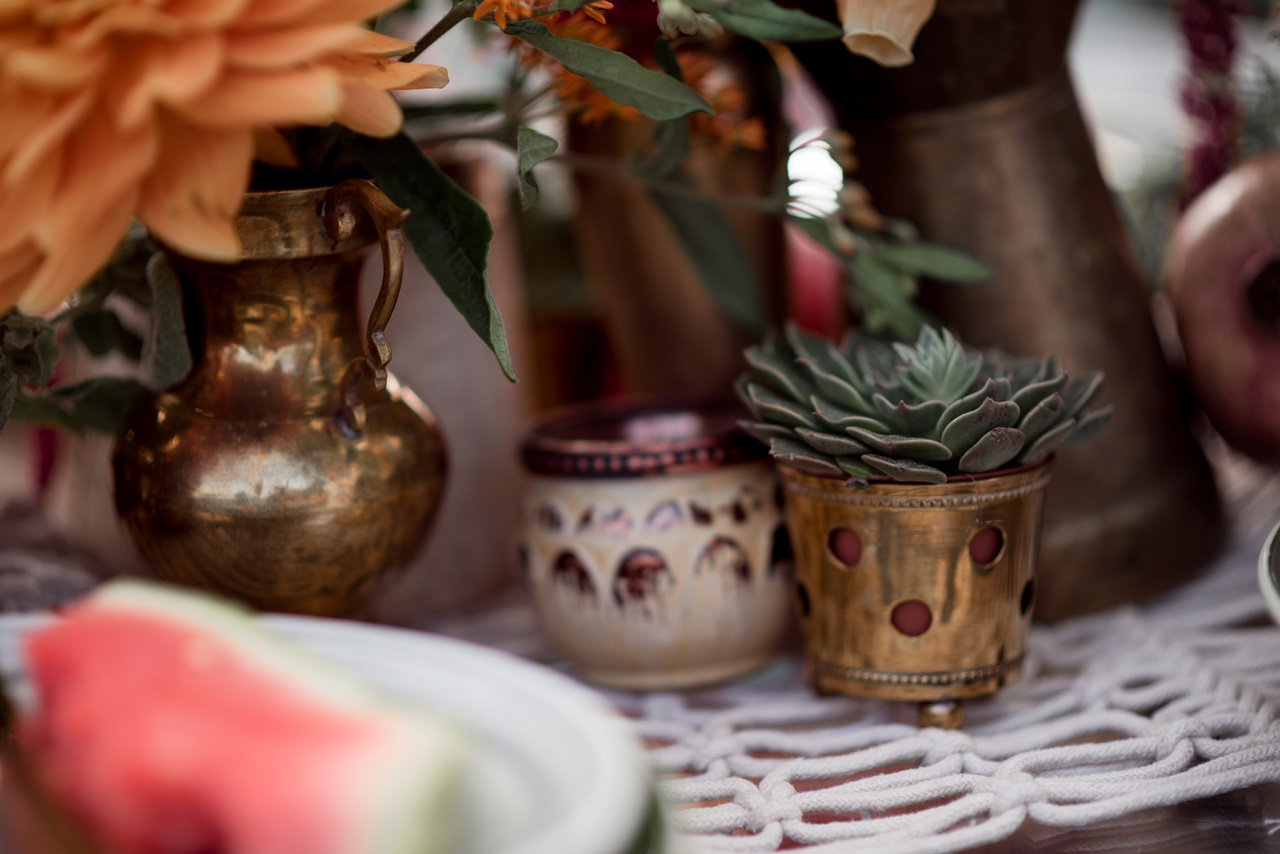 Blumen Deko Hochzeitsfloristik orientalische Vasen Sukkulenten