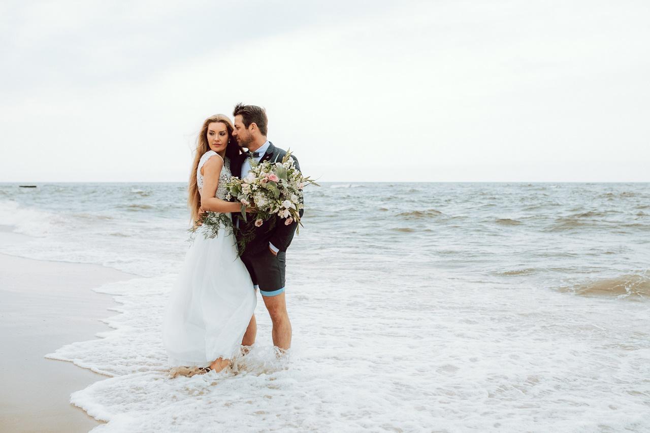 boho-brautkleider-vintage-brautmode-hamburg-sylt-strandbrautkleid-beach-bridaldress-7