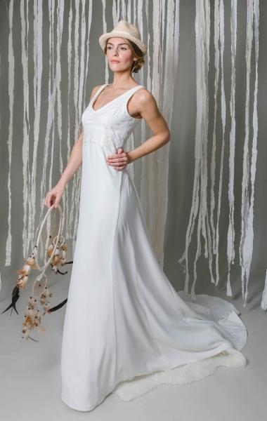 Die Kollektionen Von Mona Berg Brautkleider Entdecke Unsere Kollektion